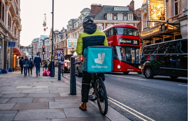 DELIVEROO, L'IPO DA £7,59 BILLION CROLLA AL DEBUTTO